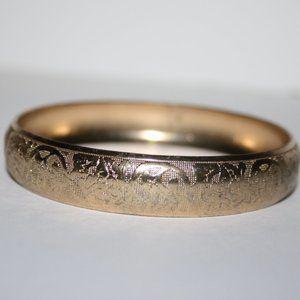 Vintage gold etched bangle bracelet